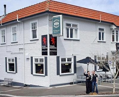 The Sterling - Cafe, Bar & Restaurant